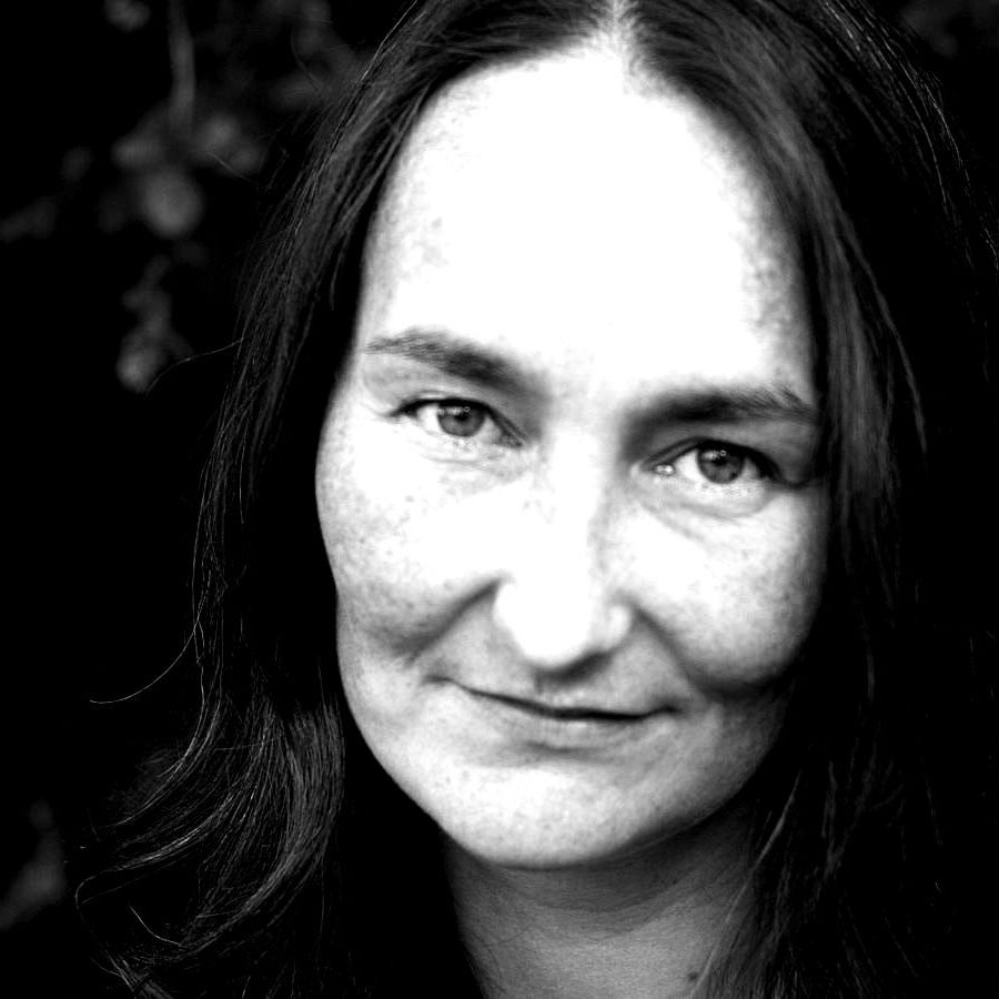 Kari-Anne-Moe-blackwhite